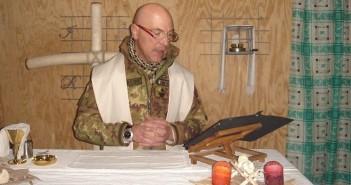Vorrei sposare un cappellano militare. Non posso: è mio fratello