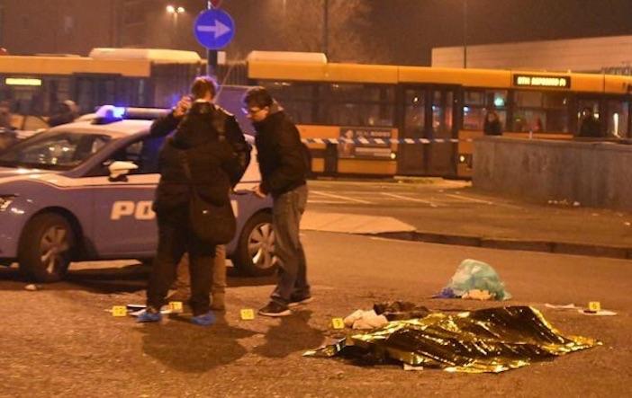 Berlino, Bild: autista ha provato a fermare killer. Si cerca tunisino