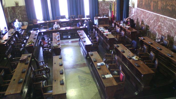 Gettonopoli Messina: archiviazione per 21 consiglieri