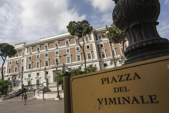 Corruzione, poliziotto e 2 funzionari dell'Interno arrestati a Savona