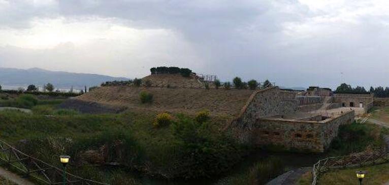 Reggio Calabria: l'Arancia di Villa San Giuseppe ...