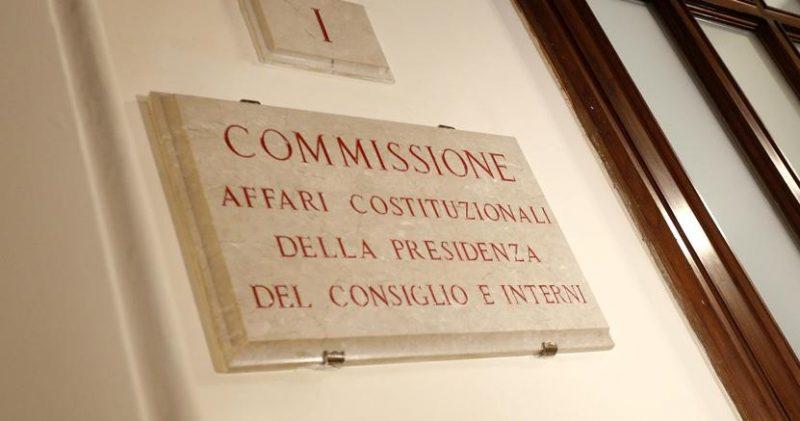 Democrazia diretta si fanno strada referendum propositivo for Diretta dalla camera dei deputati